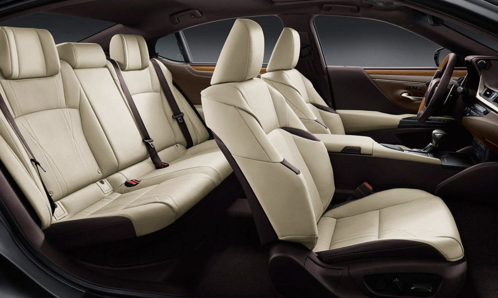 2019-7th-generation-Lexus-ES-300h-interior_2