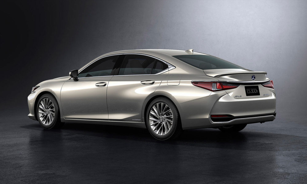 2019-7th-generation-Lexus-ES-300h_3