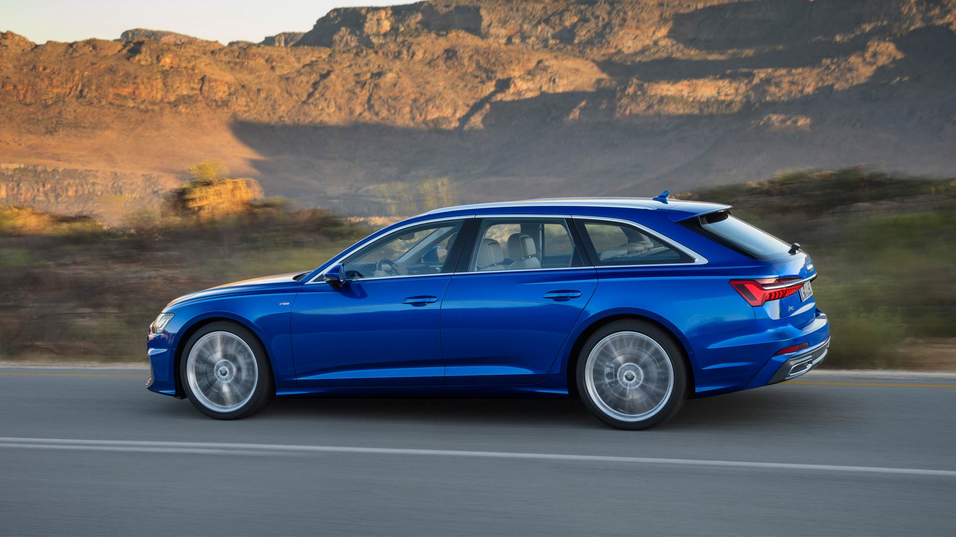8th-generation-2018-Audi-A6-Avant_4