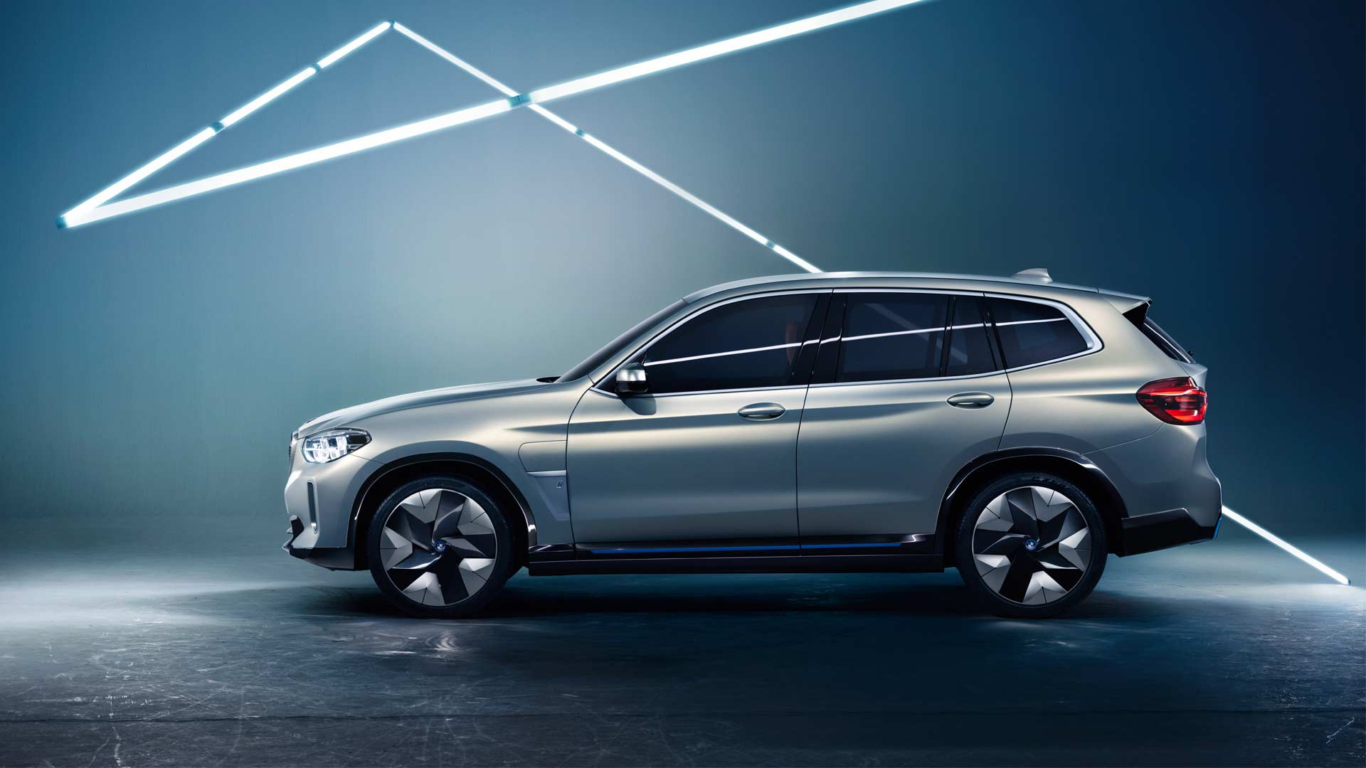 BMW-Concept-iX3_3