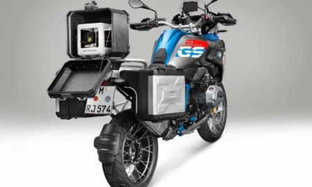BMW-Motorrad-iParts-3D-Mobile-Printer