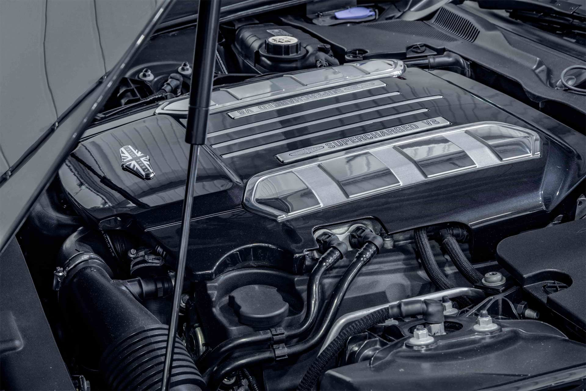 David-Brown-Speedback-Silverstone-Edition-Supercharged-V8-engine