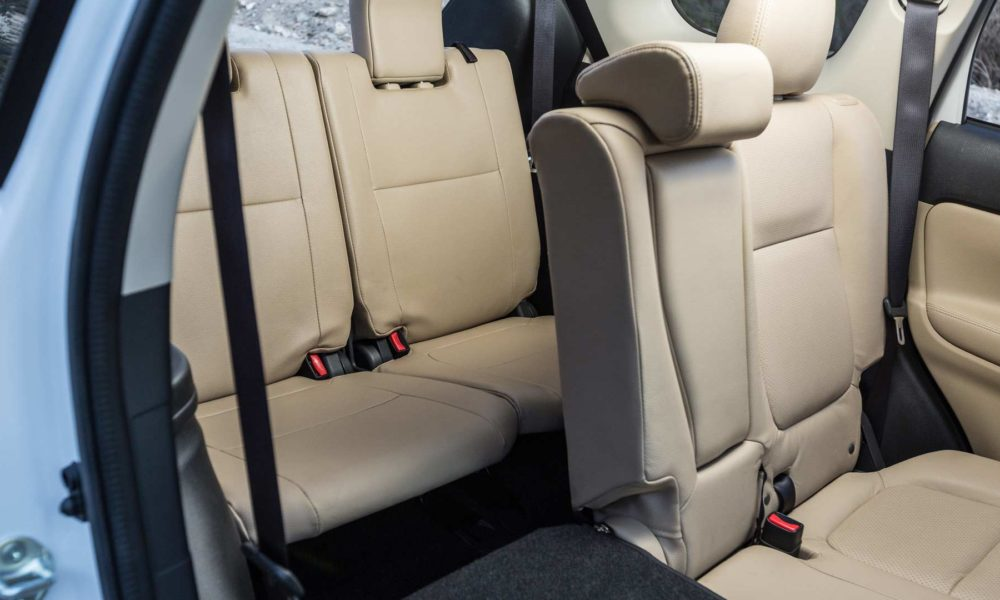 2018-Mitsubishi-Outlander-interior_3
