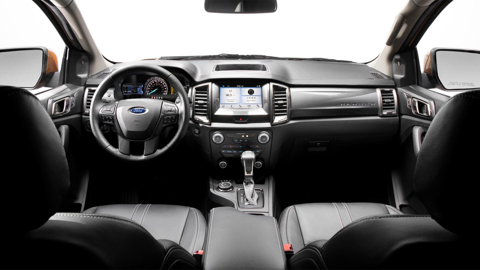 2019-Ford-Ranger-interior