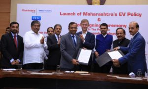 Mahindra-signs-MoUs-with-Government-of-Maharashtra-for-EVs