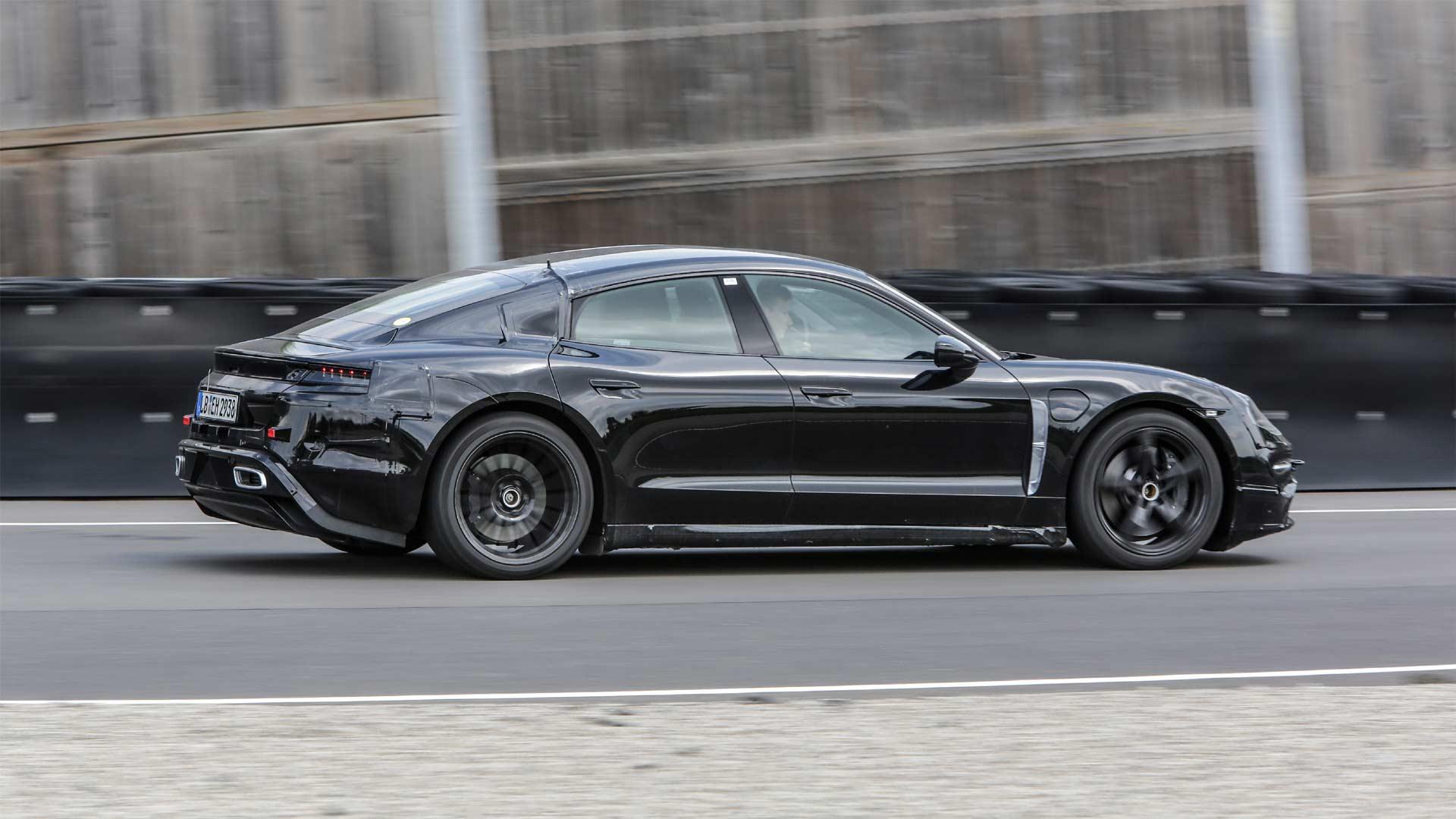 Porsche-Mission-E-prototype-test-drive-Mark-Webber_2