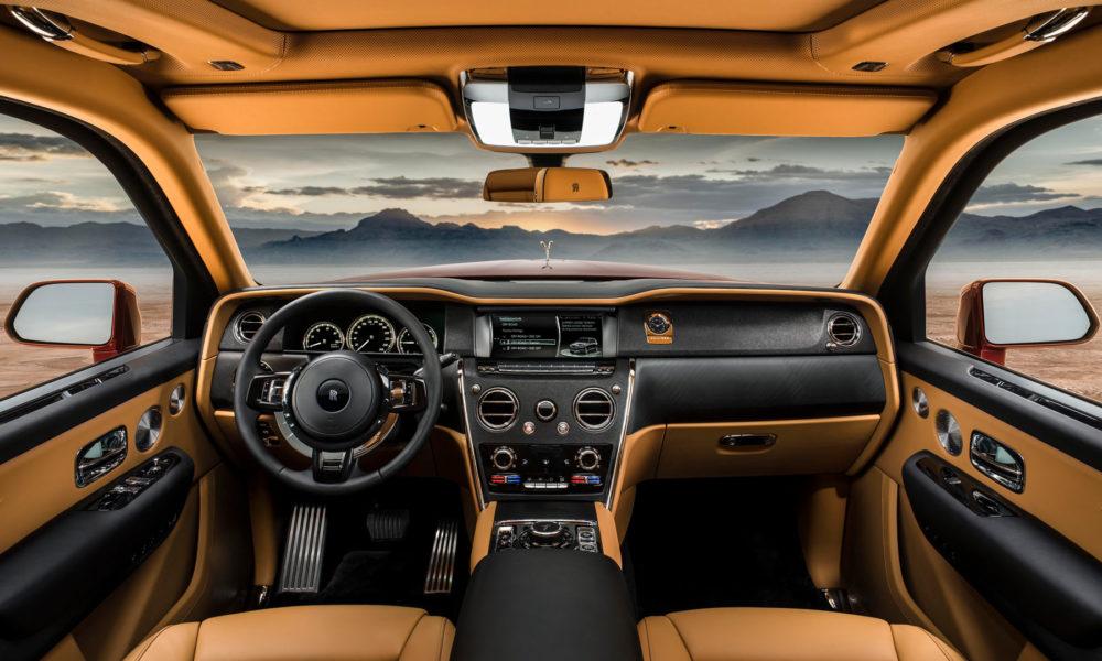 Rolls-Royce-Cullinan-interior
