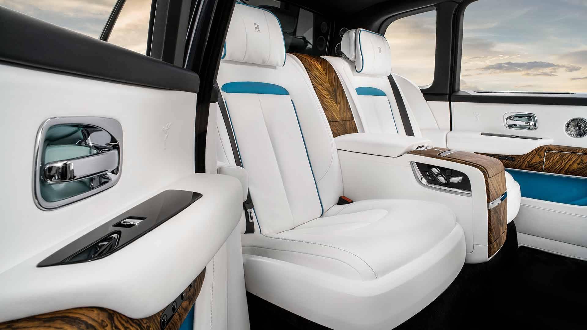Rolls-Royce-Cullinan-interior_10