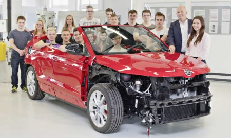Skoda-Karoq-Convertible-vocational-training-students_2