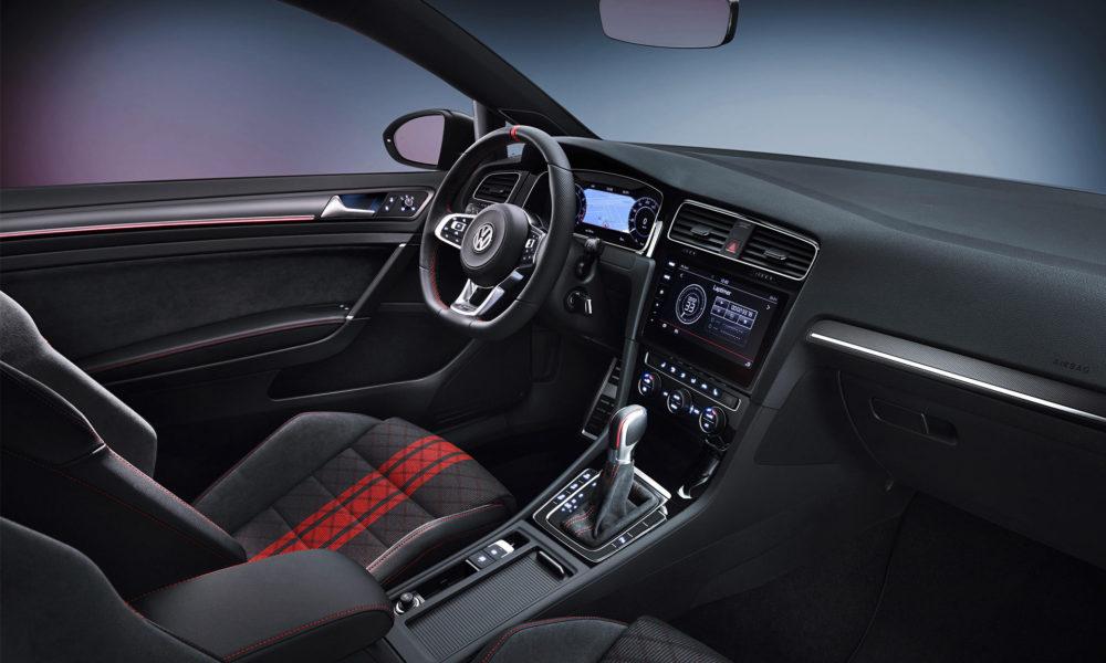 Volkswagen-Golf-GTI-TCR-concept-interior_2