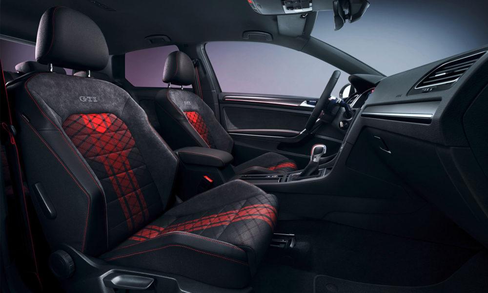 Volkswagen-Golf-GTI-TCR-concept-interior_3