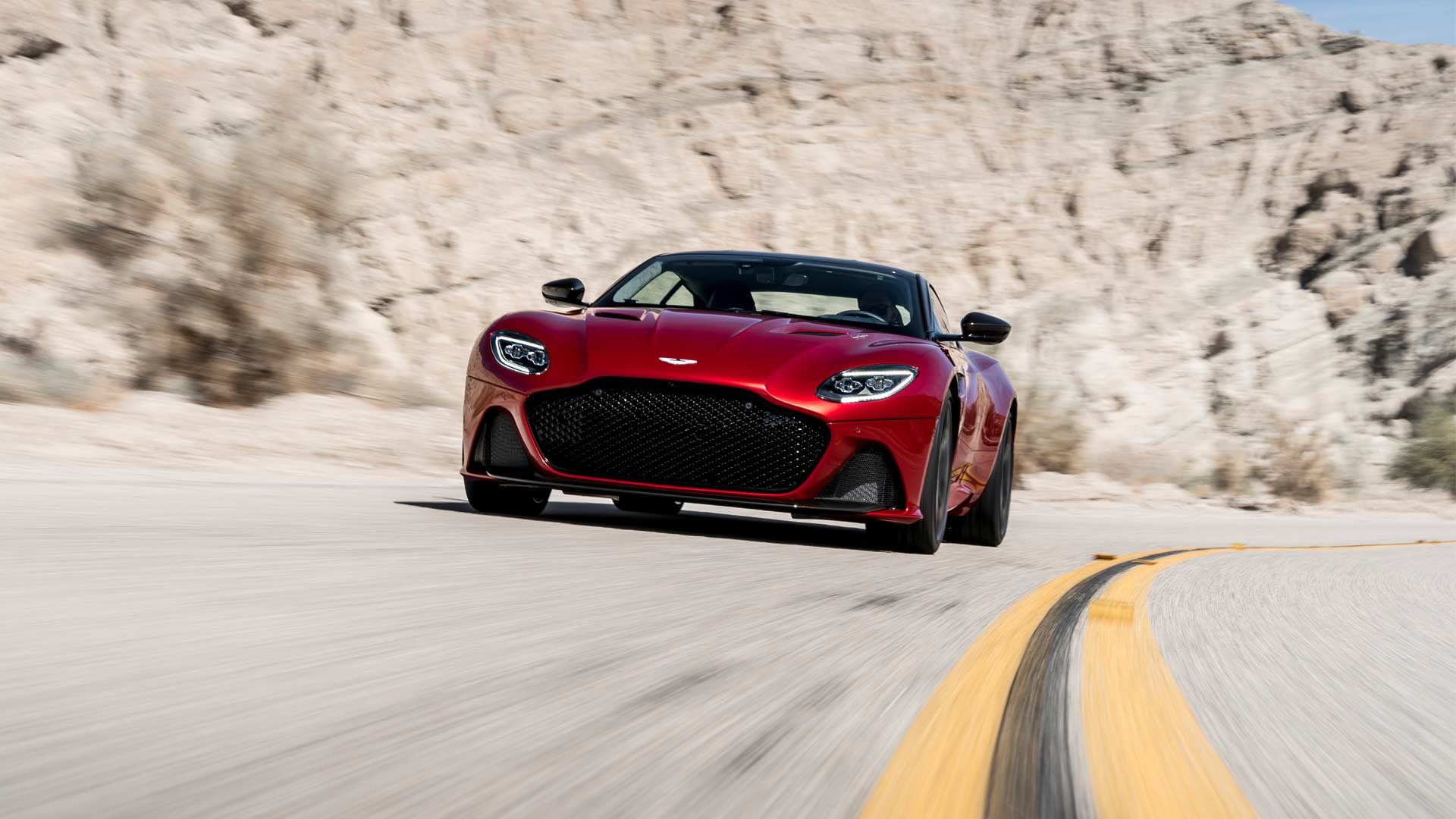 2018-Aston-Martin-DBS-Superleggera