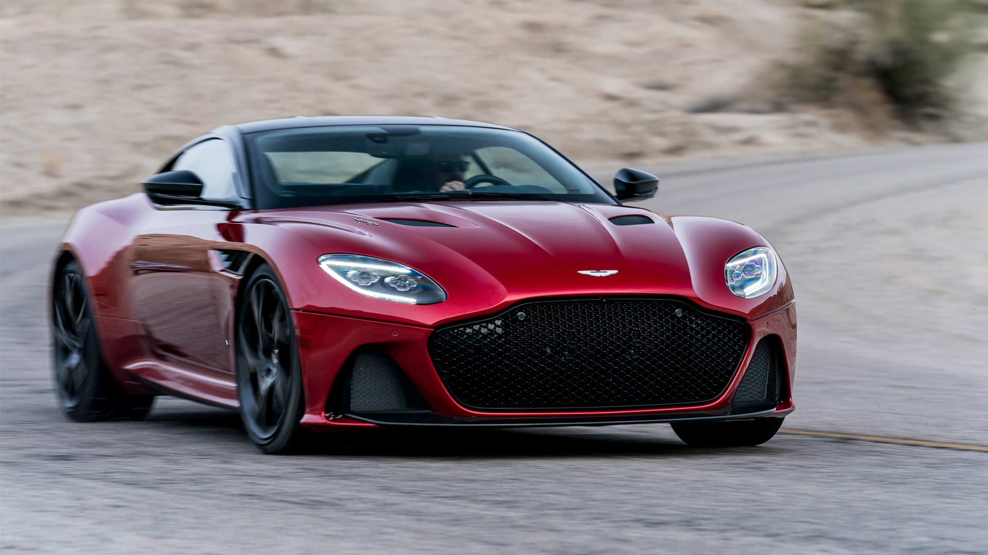 2018-Aston-Martin-DBS-Superleggera_4