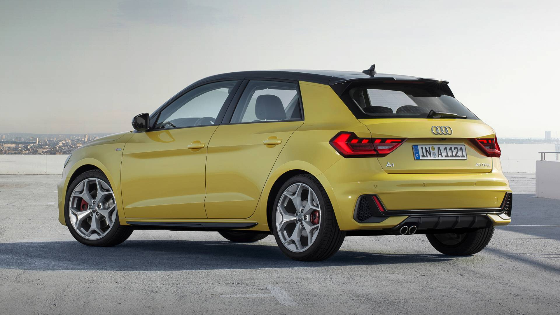 2019-Audi-A1-Sportback 40 TFSI