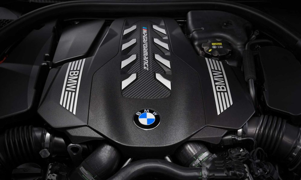 2019-BMW-8-Series-M850i-engine