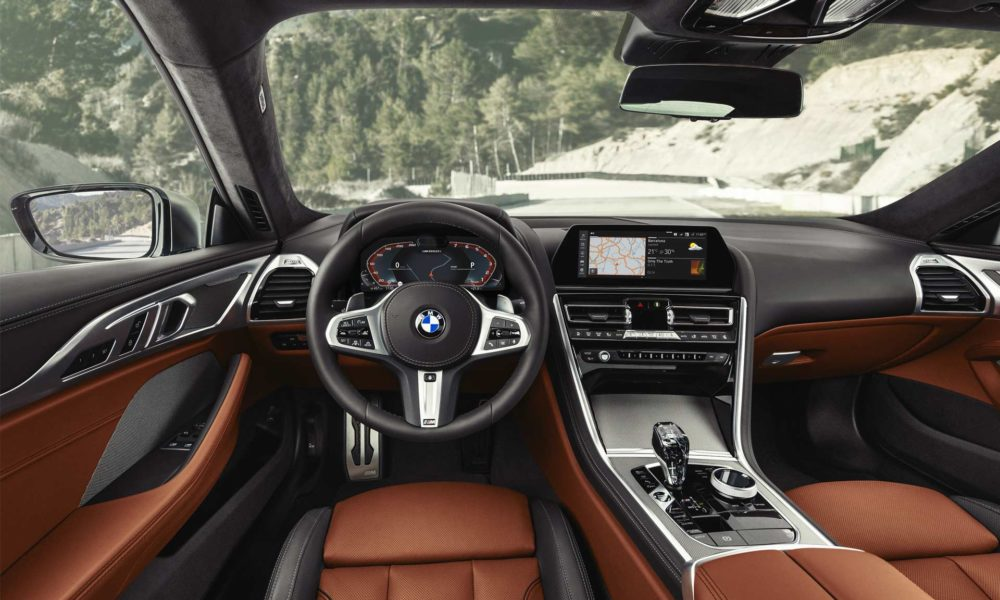 2019-BMW-8-Series-M850i-interior_2