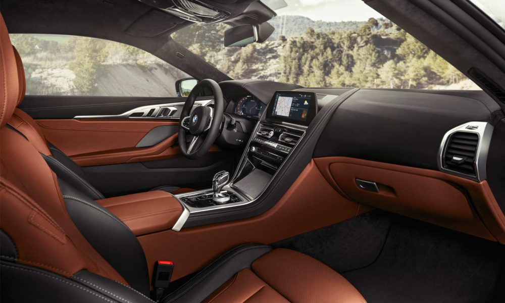 2019-BMW-8-Series-M850i-interior_3