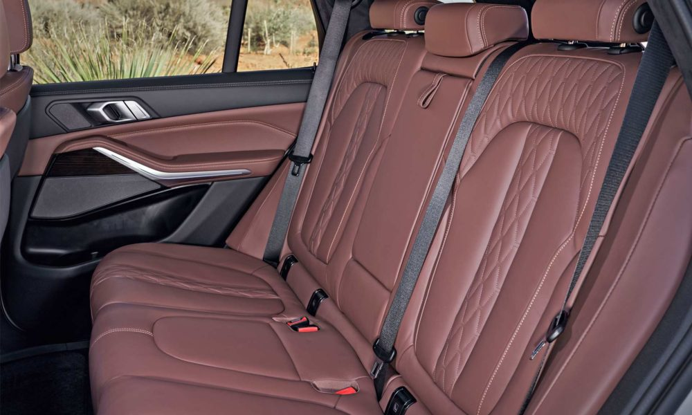2019-BMW-X5-interior_3