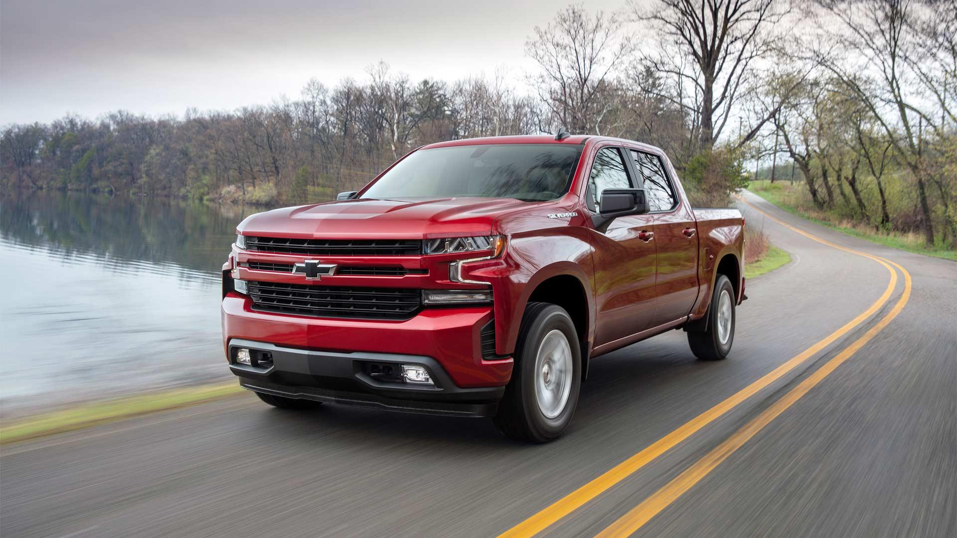 2019-Chevrolet-Silverado-RST