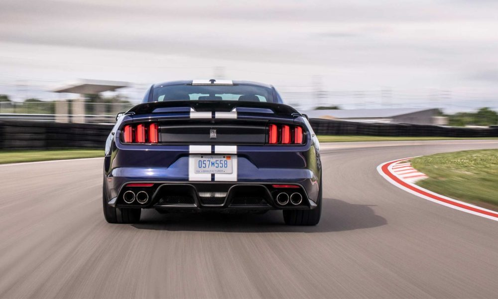 2019-Mustang-Shelby-GT350_4