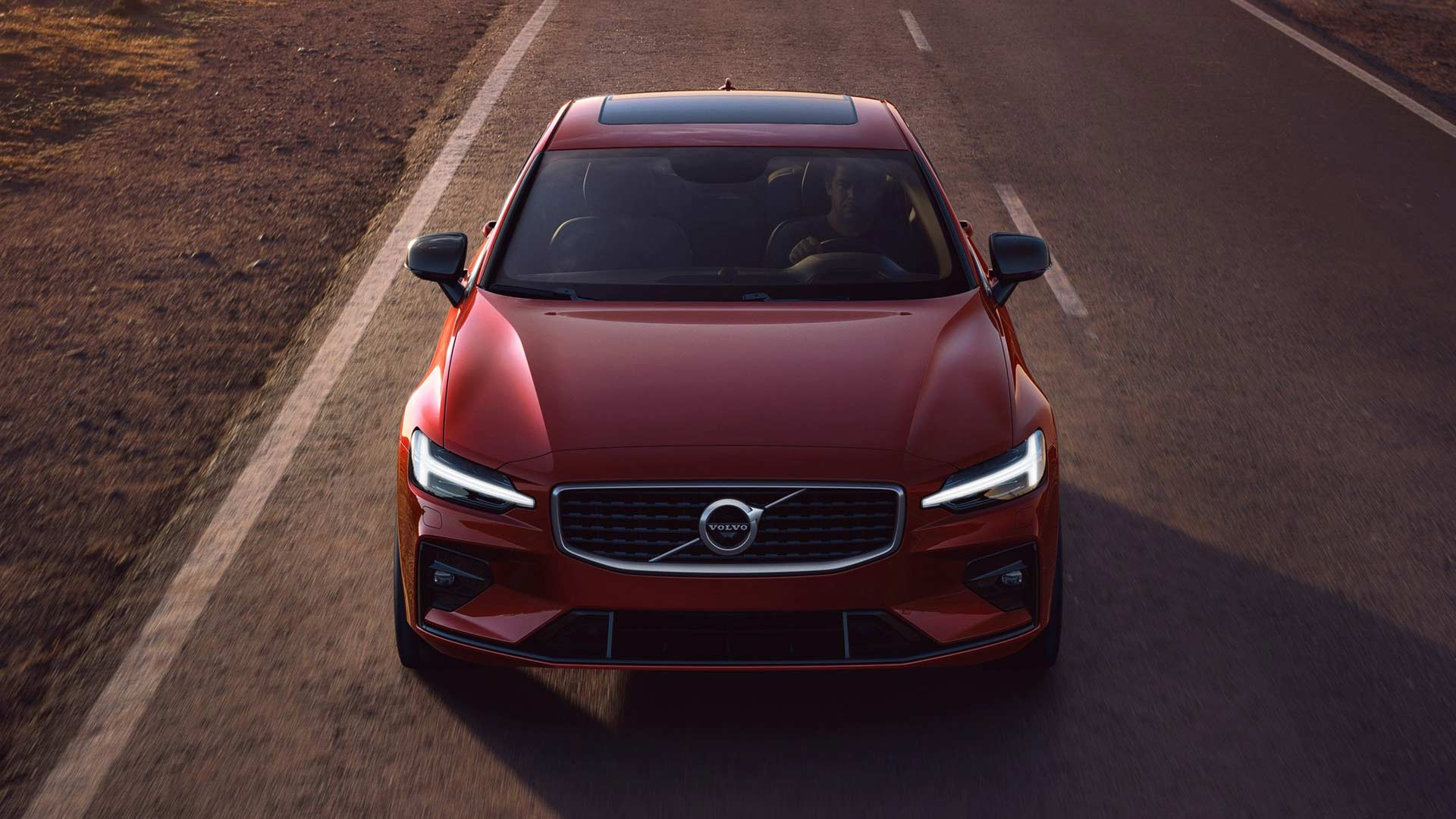 3rd-generation-2019-Volvo-S60-R-Design_3