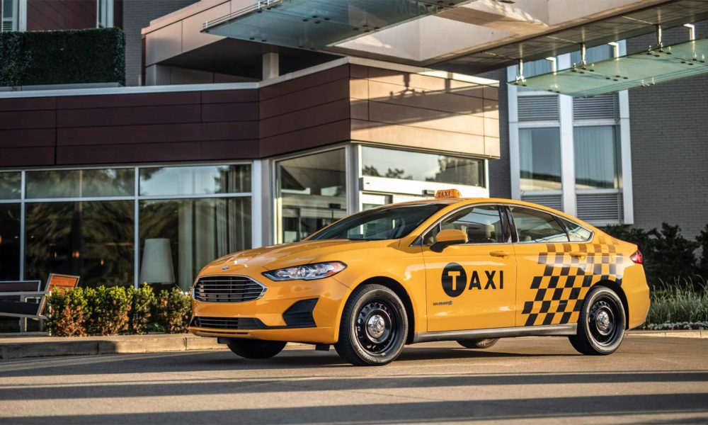 Ford-Fusion-Hybrid-Taxi