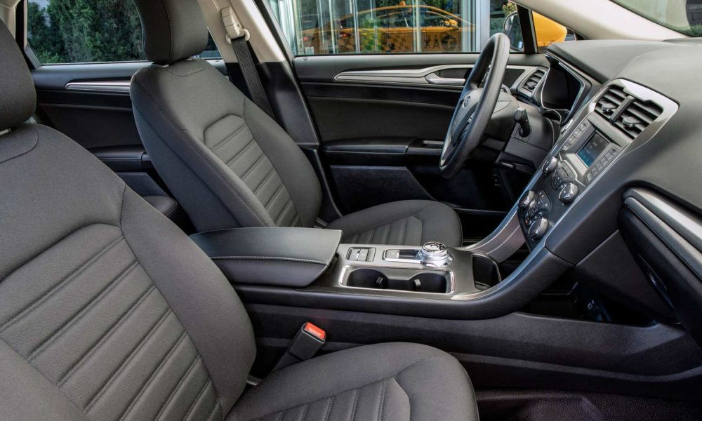 Ford-Fusion-Hybrid-Taxi-interior