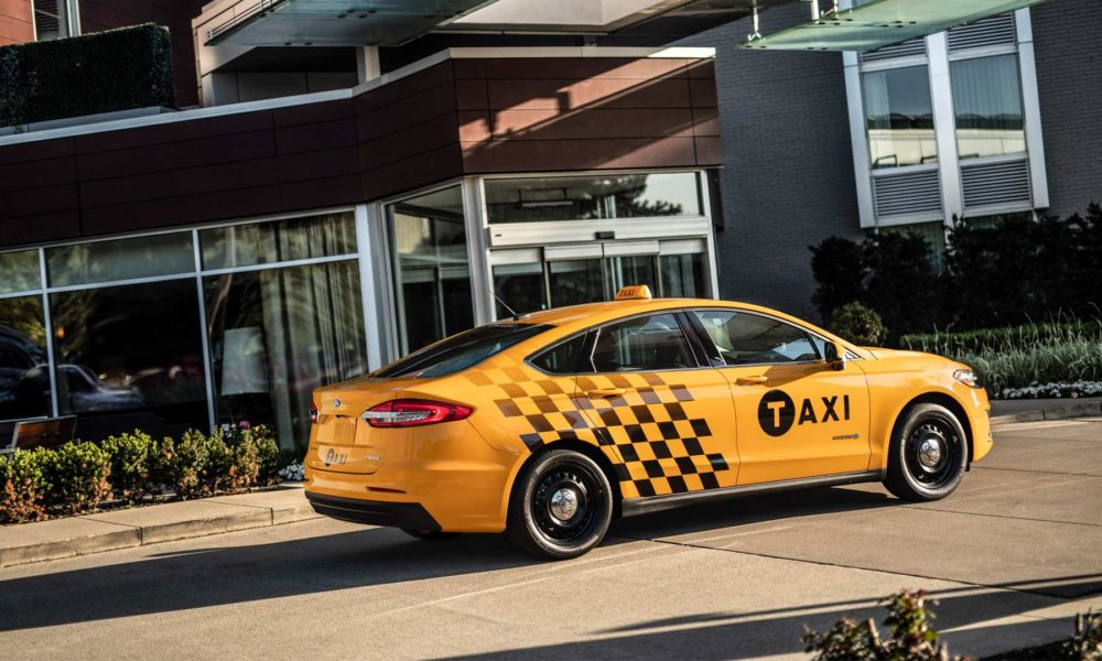 Ford-Fusion-Hybrid-Taxi_2