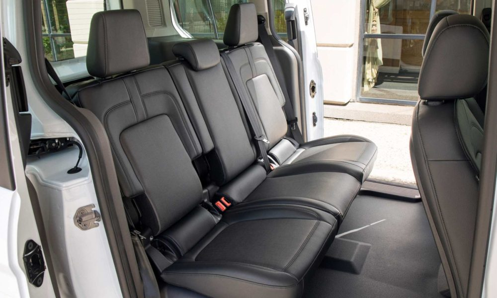 Ford-Transit-Connect-Taxi-interior_2