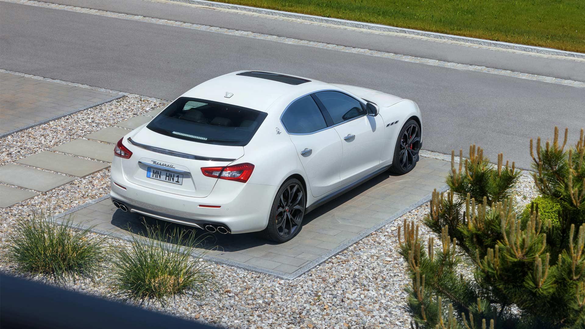Novitec-refined-Maserati-Ghibli-GranLusso