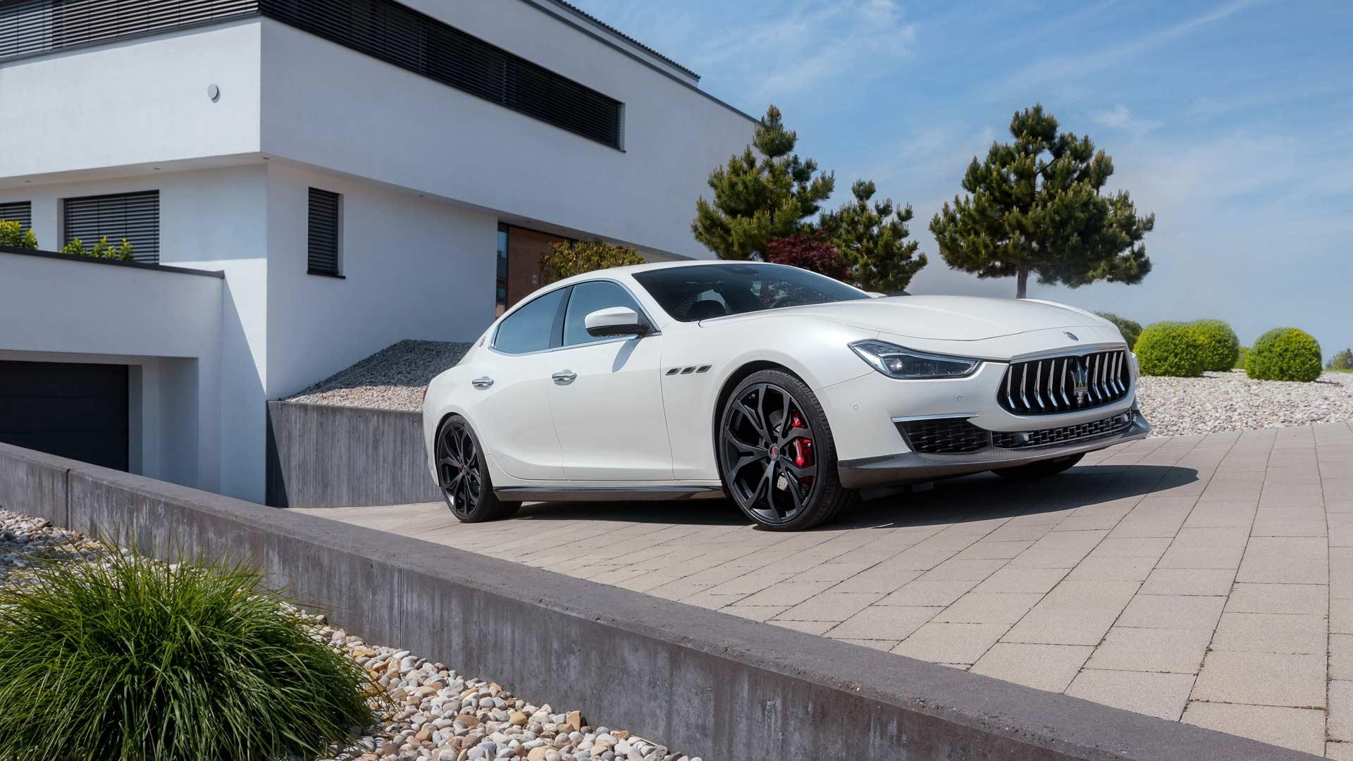 Novitec-refined-Maserati-Ghibli-GranLusso_3