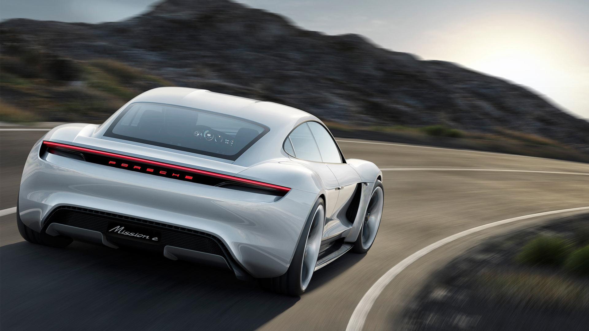 Porsche-Mission-E-concept_4