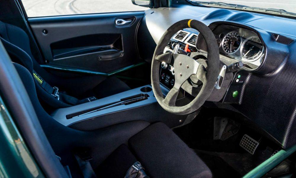 2018-Aston-Martin-V8-Cygnet-interior