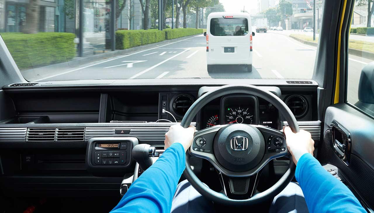 2018-Honda-N-Van-Honda-Sensing-safety