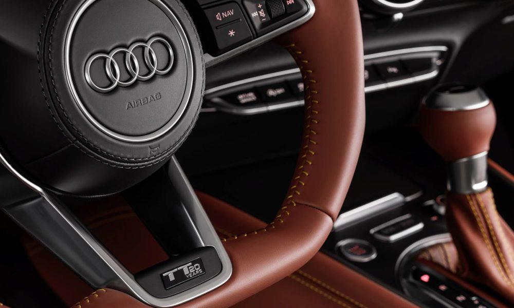 2019-Audi-TT 20 years-interior