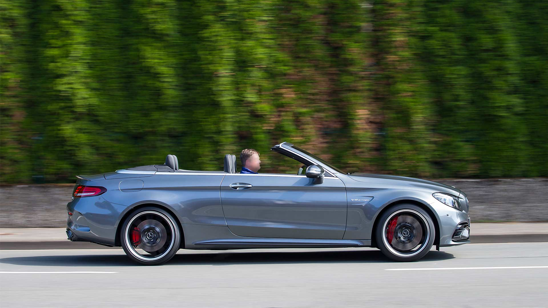 2019-Mercedes-AMG-C-63-S-Cabriolet_3