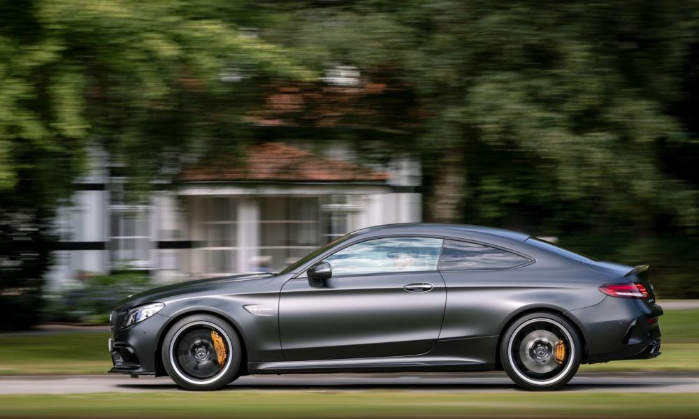 2019-Mercedes-AMG-C-63-S-Coupe_3