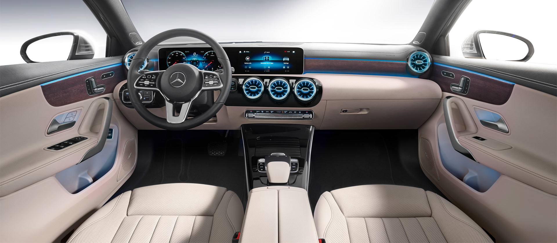 2019-Mercedes-Benz-A-Class-Sedan-interior_2
