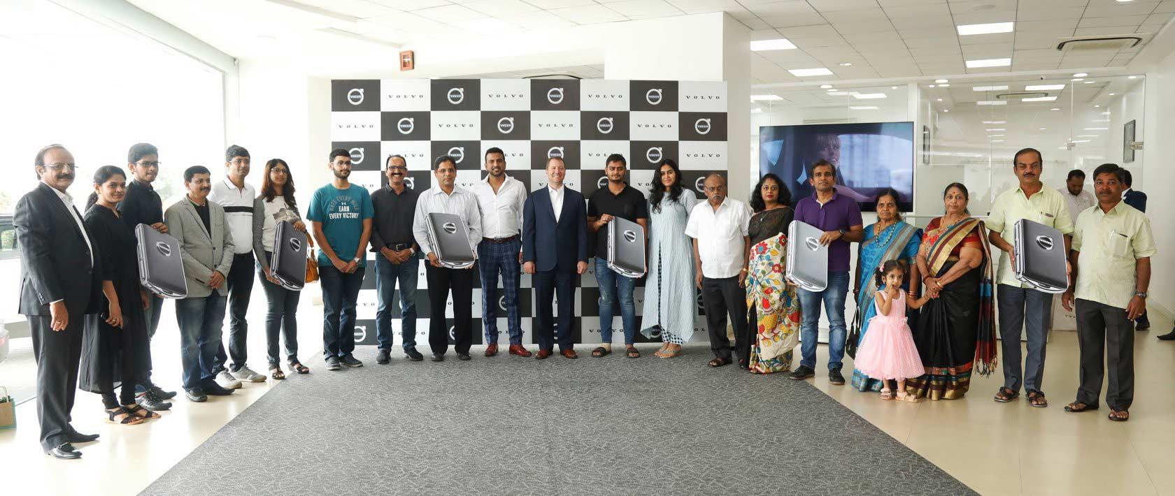 Martial-Motors-Bengaluru-Karnataka-12-Volvo-XC40-1-day_2