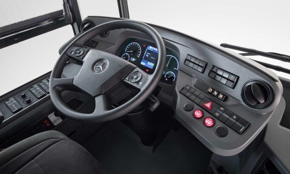 Mercedes-Benz-eCitaro-interior