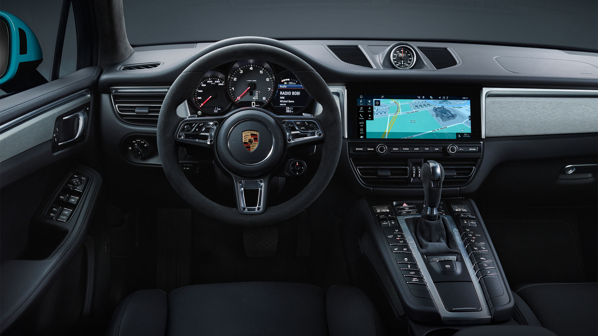 Second-Generation-2019-Porsche-Macan-interior_2