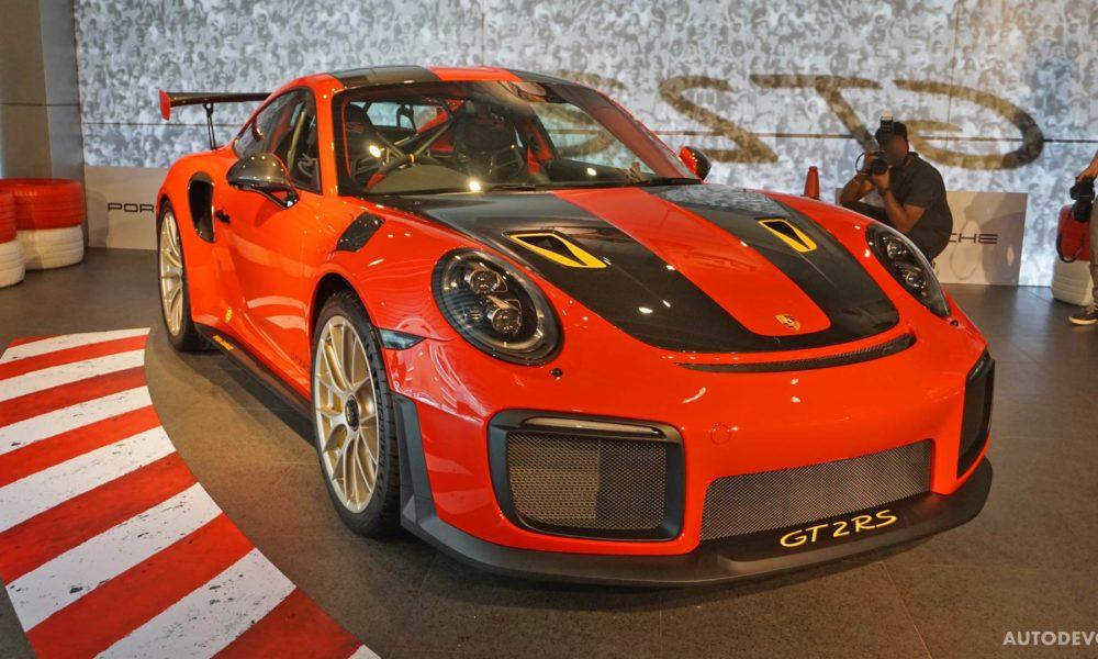 2018-Porsche-911-GT2-RS