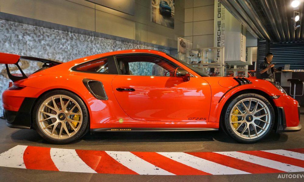 2018-Porsche-911-GT2-RS_2