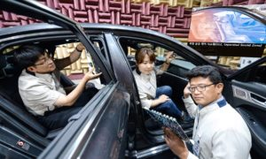 Hyundai-KIA-Separated-Sound-Zone-(SSZ)-technology
