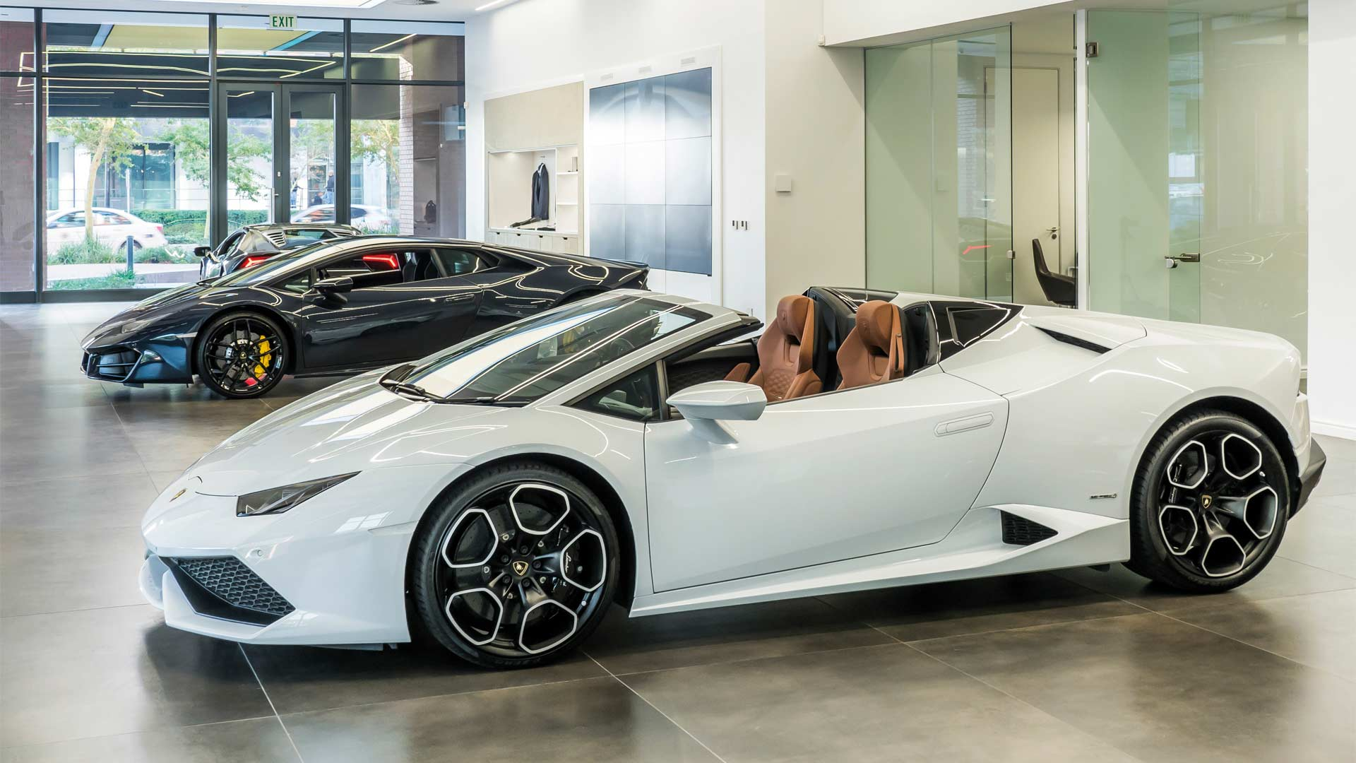 Lamborghini-Cape-Town-interior