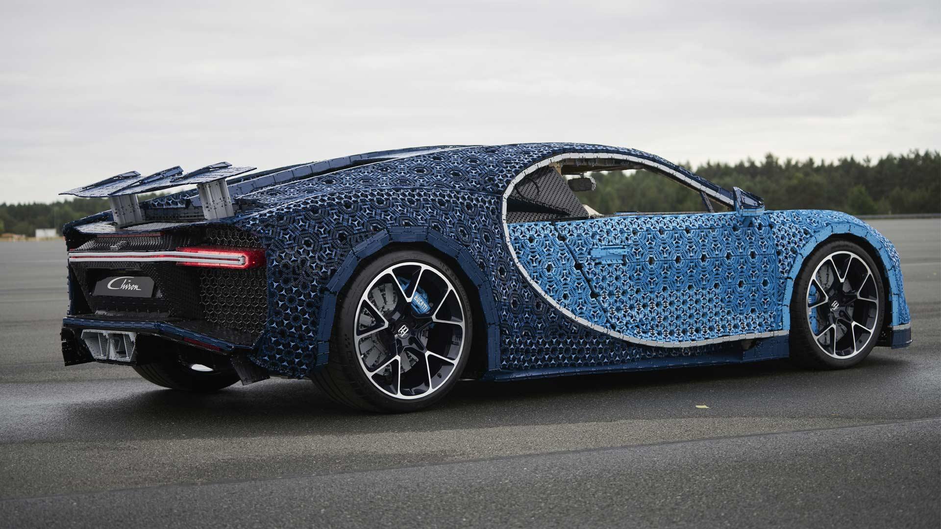 Lego-Technic-Bugatti-Chiron_4