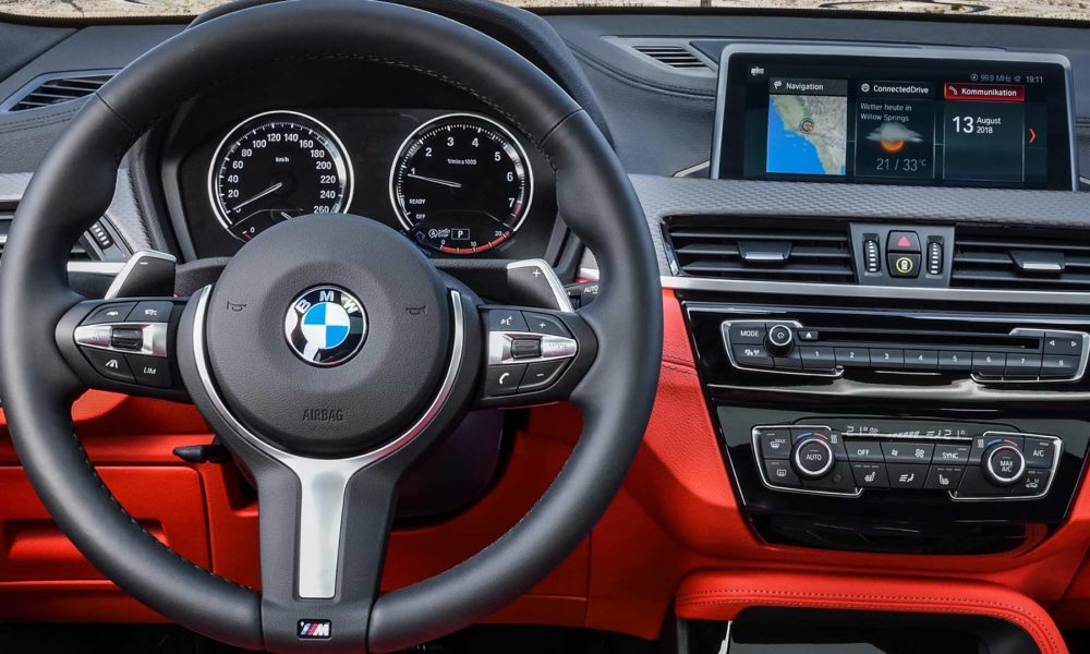 2019-BMW-X2-M35i-interior_4