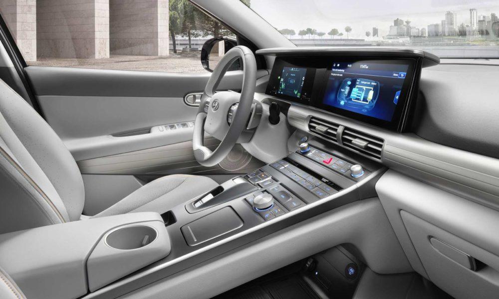 2019-Hyundai-Nexo-fuel-cell-SUV-Interiors_2