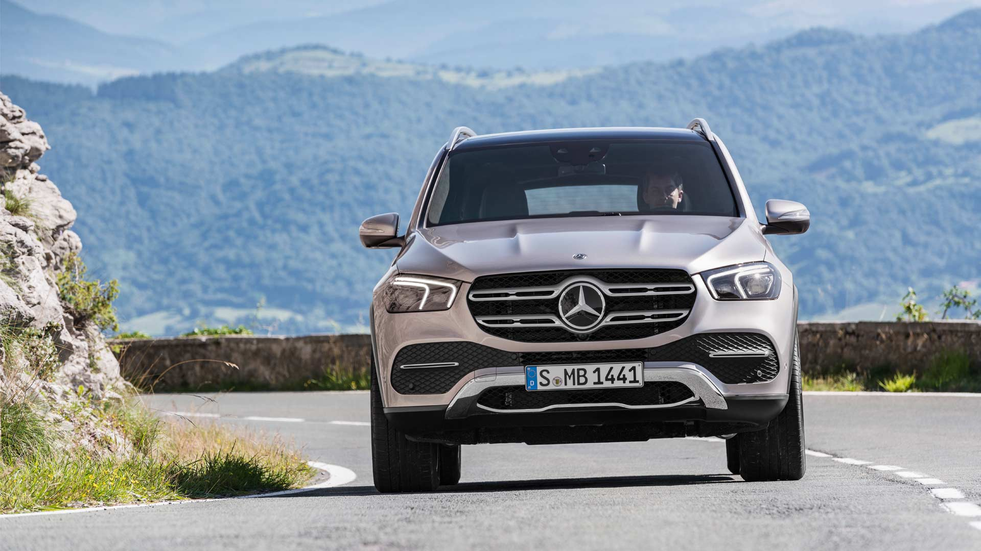 4th-generation-2019-Mercedes-Benz-GLE_3