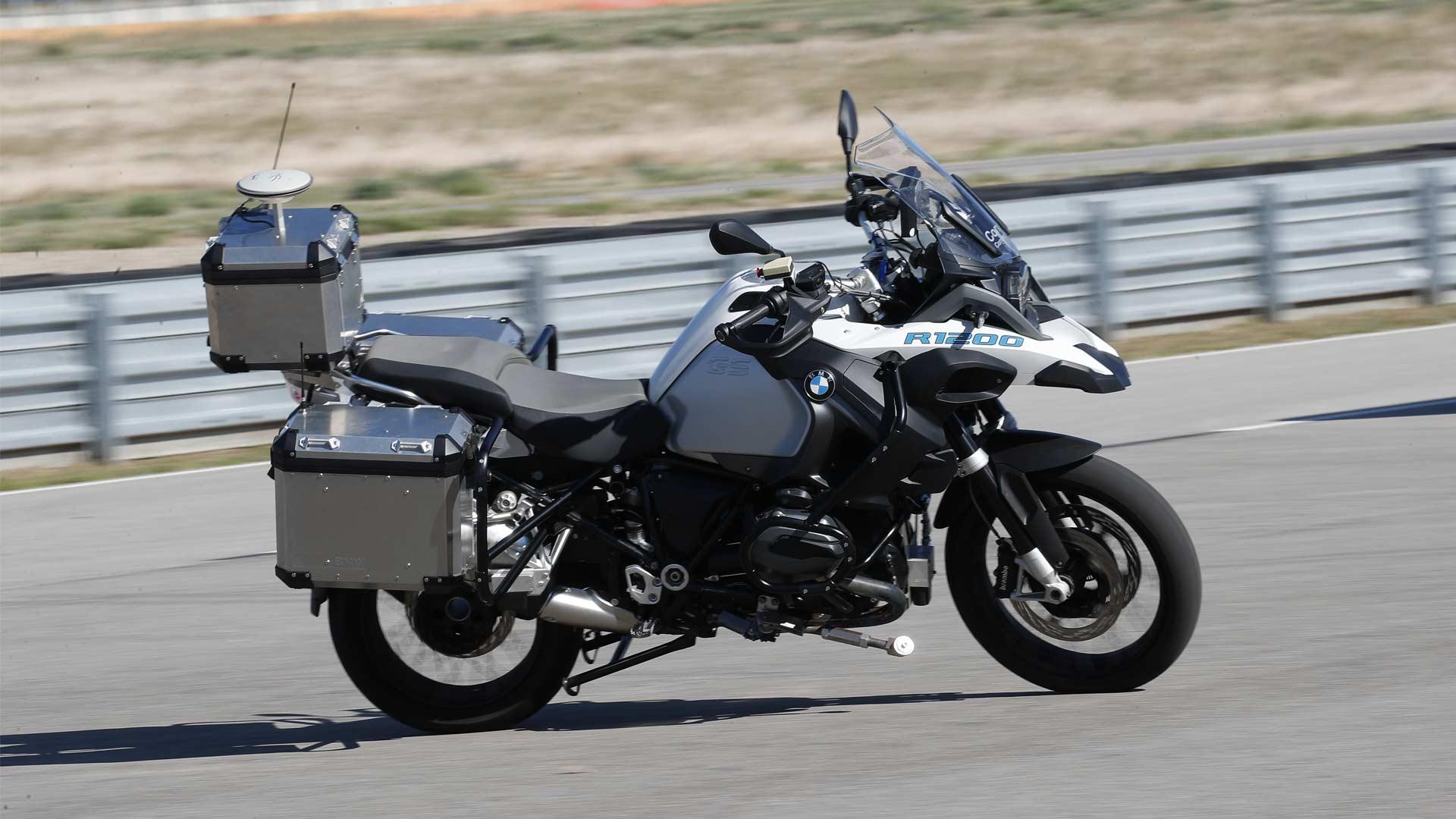 BMW-R-1200-GS-autonomous-bike_2